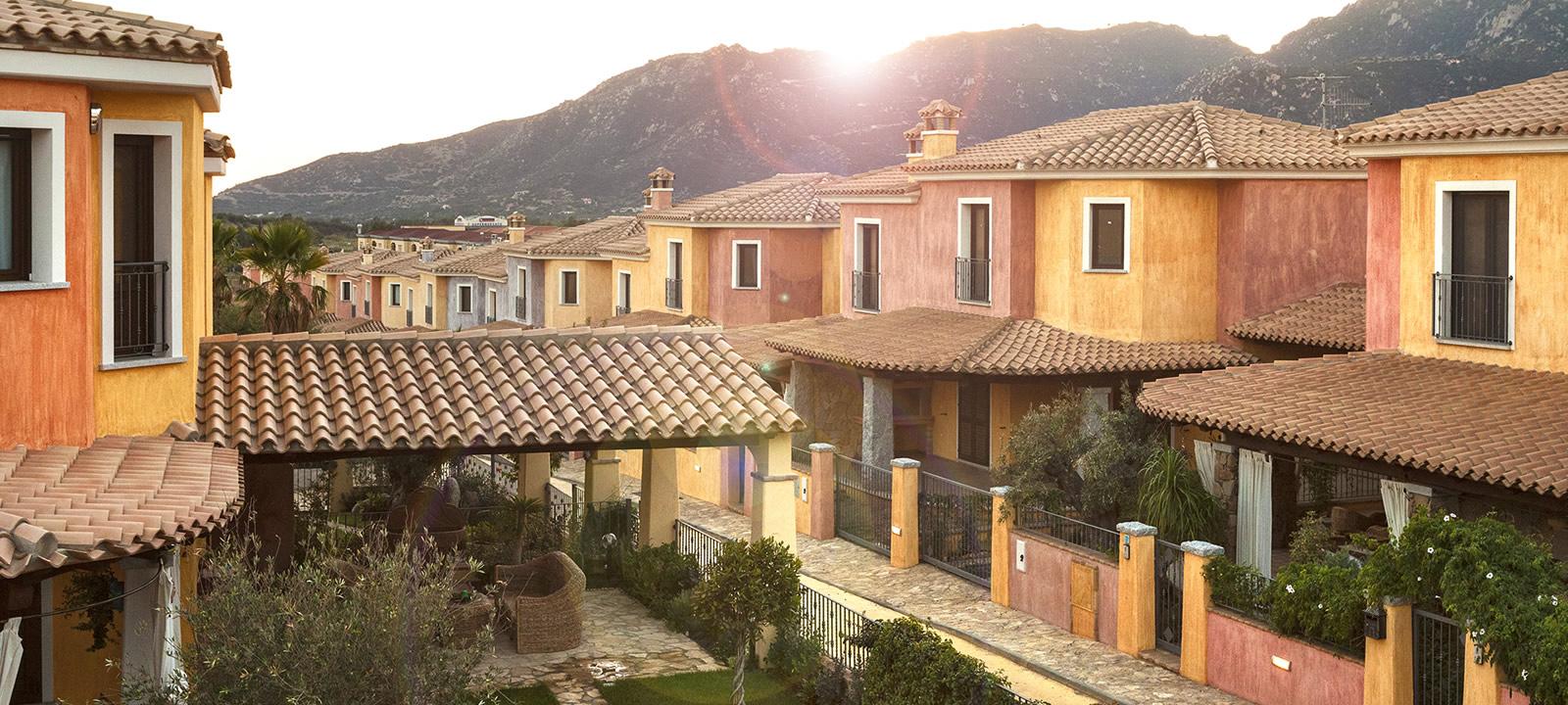 Villette e appartamenti in vendita a Villasimius, Agorà Immobiliare